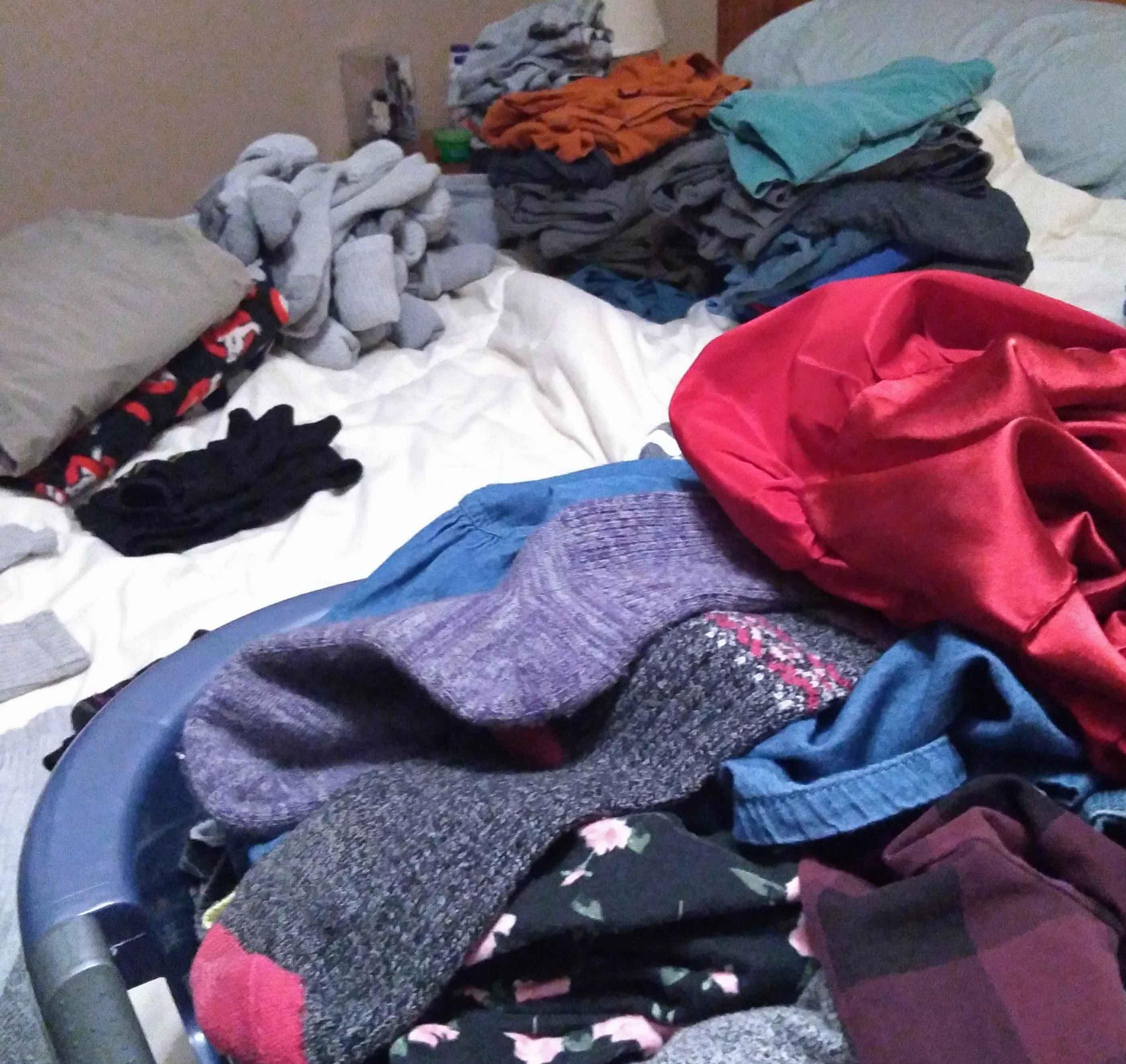 avoid last minute packing laundry